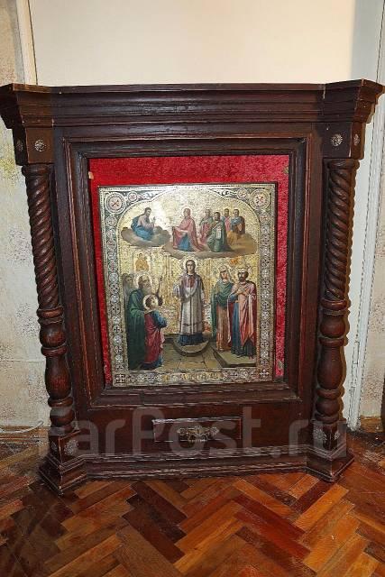 Старинный храмовый киот для иконы с колоннами. Русский Север, Xviii в. Оригинал