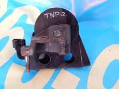 Подушка двигателя. Nissan Primera, TP12, TNP12