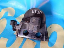 Подушка двигателя. Nissan X-Trail, NT30