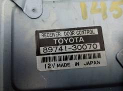 Блок управления дверями. Toyota Crown Majesta, UZS145, UZS141