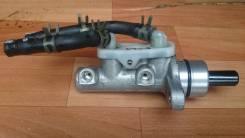 Цилиндр главный тормозной. Mitsubishi Colt, Z25A