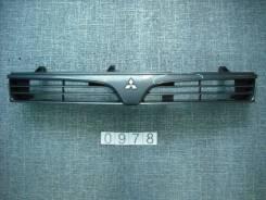 Решетка радиатора. Mitsubishi Lancer, CM2A