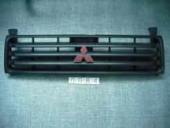Решетка радиатора. Mitsubishi Pajero, V46V, V44WG, V26W, V44W