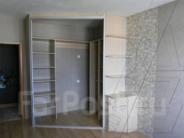 угловые встроенные шкафы-купе фото