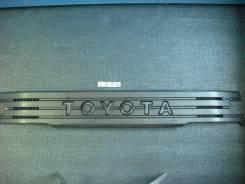 Решетка радиатора. Toyota Dyna Toyota Toyoace Toyota Hiace