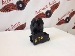 Замок крышки багажника. Honda Civic Hybrid, DAA-FD3 Honda Civic, FD1, FD2, FD3, DBA-FD2, ABA-FD2, DBA-FD1 Двигатели: LDA2, LDA, K20A, R16A1, R18A1, R1...