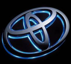 Эмблема. Toyota: Corolla Axio, Crown, Corolla Fielder, iQ, Harrier, Yaris, Highlander, Allion, Vitz, Avensis, Wish, Vios, Premio, ist, Corolla, Prius...