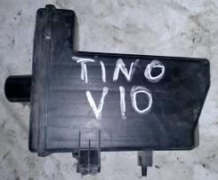 Резонатор воздушного фильтра. Nissan Tino, HV10, V10, PV10