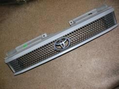 Решетка радиатора. Toyota Noah