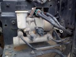 Цилиндр сцепления главный. Isuzu Elf, NKR71E Двигатель 4HF1