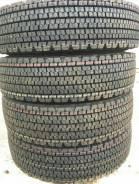 Bridgestone W900. Зимние, без шипов, 2014 год, без износа, 4 шт