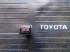 Кнопка включения аварийной остановки. Toyota Vista, SV20 Двигатель 1SI