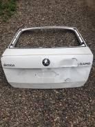 Крышка багажника. Skoda Rapid