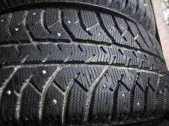 Bridgestone Ice Cruiser 7000. Зимние, шипованные, 2010 год, износ: 10%, 4 шт