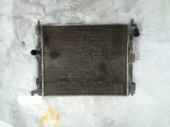 Радиатор охлаждения двигателя. Renault Sandero Renault Logan