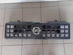 Решетка радиатора. Nissan Cube, BNZ11, BZ11 Двигатель CR14DE