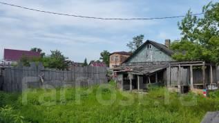 Продам под строительство участок в центре. 1 000 кв.м., собственность, электричество, вода, от частного лица (собственник)