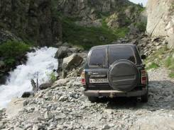 Панель пола багажника. Toyota Land Cruiser