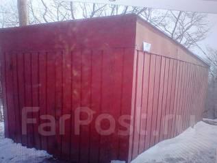 Куплю металлический гараж , контейнер