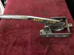 Ручка ручника. Chevrolet Aveo, T250