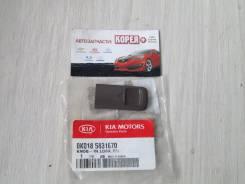 Кнопка управления дверями. Kia Sportage