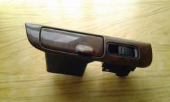 Кнопка стеклоподъемника. Toyota Harrier
