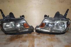 Фара левая, правая Honda Stepwgn RF5, (2 model) xenon