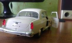 Модель автомобиля Волга ГАЗ 21 в масштабе 1:43