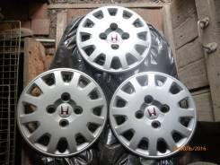 "Продам колпаки Honda R14 - 3 шт. Диаметр Диаметр: 14"", 1 шт."