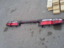 Вставка багажника. Toyota Estima, MCR40