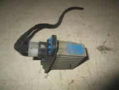 Резистор отопителя (климат) 1995-2003 Mitsubishi Carisma