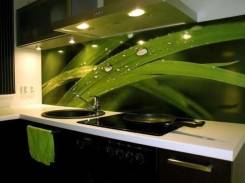 Кухонные столешницы и фартуки из искусственного янтаря на заказ