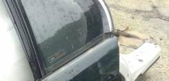 Форточка двери. Lexus LS430