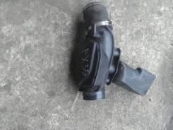Патрубок воздухозаборника. Infiniti FX35 Двигатель VQ35DE