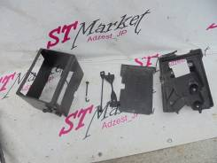 Крепление аккумулятора. Toyota Mark X, GRX120, GRX121, GRX125