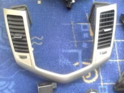 Рамка под магнитолуf18D4 1.8 Chevrolet Cruze,2012