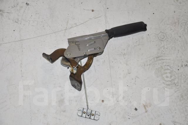 Ручка ручника. Subaru Forester, SG5 Двигатель EJ205