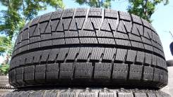 Bridgestone Blizzak Revo GZ. Зимние, 2011 год, износ: 10%, 2 шт