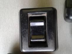 Кнопка стеклоподъемника. Nissan Diesel