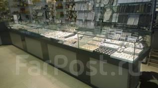 Изготовление торгового оборудования из стекла.