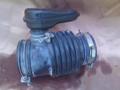 Патрубок воздухозаборника. Nissan Versa Nissan Teana, J31 Двигатель VQ23DE