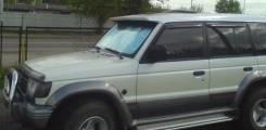 Дефлектор лобового стекла. Mitsubishi Pajero
