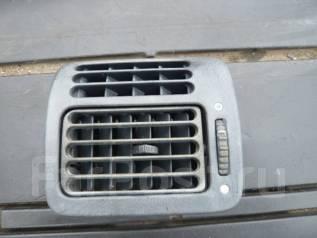 Решетка вентиляционная. Honda Stepwgn, RF1, RF2