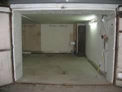 Боксы гаражные. улица Тухачевского 72, р-н БАМ, 50 кв.м., электричество, подвал. Вид изнутри