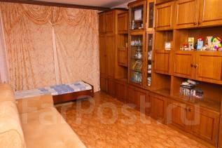 1-комнатная, улица Дзержинского. Кировский, частное лицо, 30 кв.м.