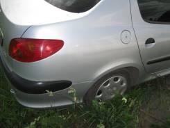 Щит опорный задний левый Peugeot 206