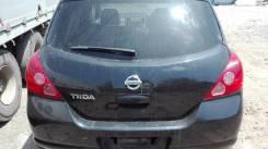 Бампер задний 2005 г. Nissan Tiida C11