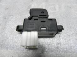 Кнопка стеклоподъемника задняя левая Nissan Murano