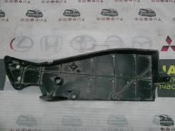 Накладка пола передняя RAV-4 ASA42 2ARFE