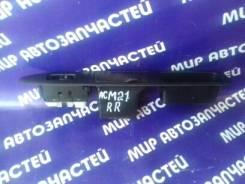 Кнопка стеклоподъемника. Toyota Ipsum, ACM21, ACM21W